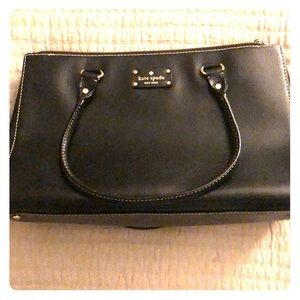 Kate Spade: Black leather handbag